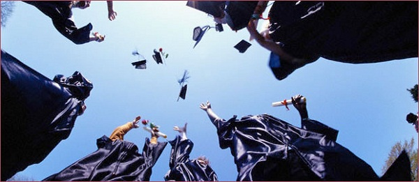 How to Find and Apply for College Scholarships